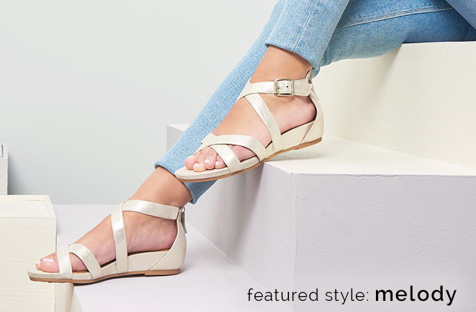 Featured style: Melody shown in platino. Shop Melody.